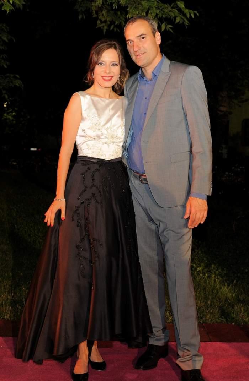 Mai romantic decât în filme! Detaliile neştiute de la nunta secretă a jurnalistei Roxana Iliescu!