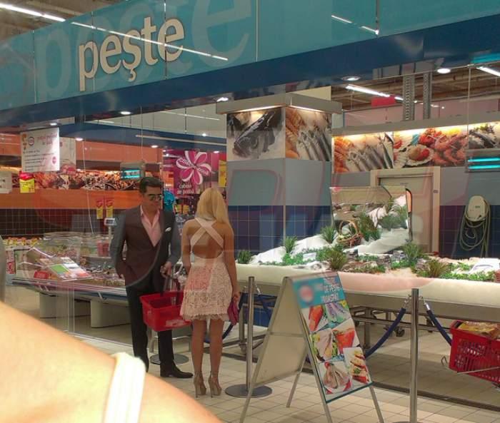 Marcel Toader şi Mirela Constantin au şocat lumea dintr-un supermarket! Când i-au văzut, oamenii au început să îşi dea...coate!