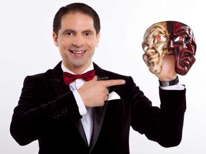 FOTO / Toată lumea îl ştie pe Dan Negru ca prezentator TV, însă uite cum arată în postura de tătic