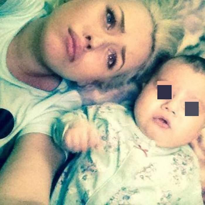 Misha şi fiica ei la piscină! Imaginea cu cele două bălăcindu-se a strâns 68.000 de like-uri