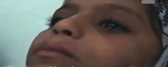 VIDEO / Ea e fetiţa care plânge cu lacrimi de piatră! Povestea ei a impresionat o lume!