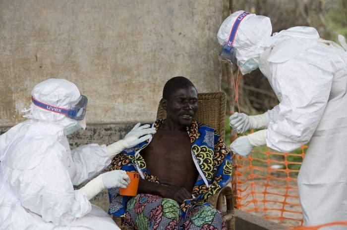 Primul român suspect de Ebola a fost adus la Bucureşti! Prima reacţie oficială a autorităţilor!