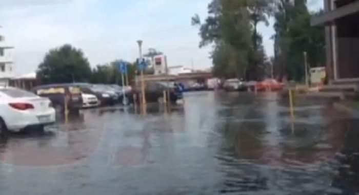 VIDEO / Hotel de lux din Mamaia, inundat după furtuna de noaptea trecută