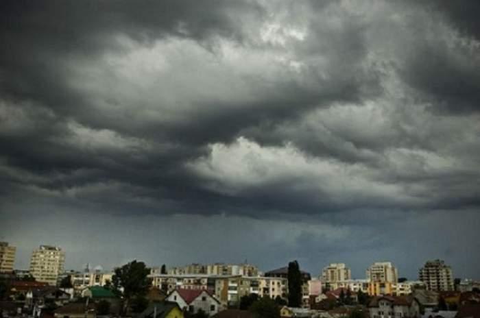 Se strică vremea din nou! Ce zone vor fi afectate de furtună