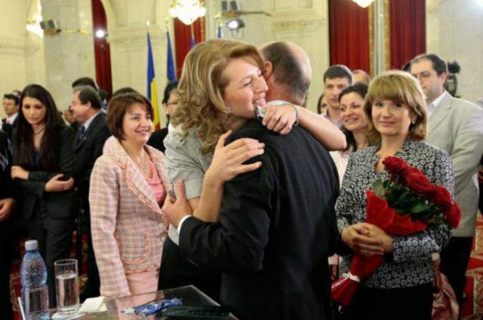 Traian Băsescu a confirmat! Ioana Băsescu este însărcinată