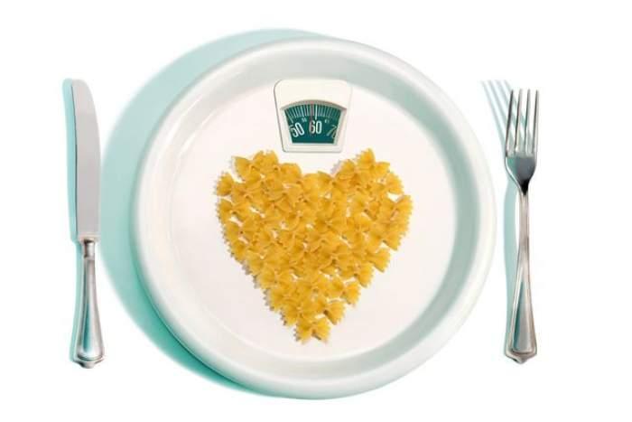 Te-ai întrebat de ce nu slăbeşti chiar dacă ţii dietă? Uite unde greşeşti