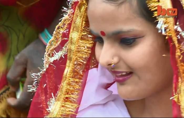 VIDEO /  Nu o să crezi până nu vezi! Cu cine s-a măritat o indiancă