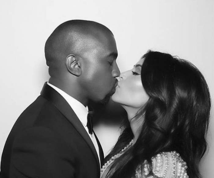 Kim Kardashian şi Kanye West au dezvăluit motivul pentru care şi-au botezat fetiţa cu nume de punct cardinal, North West