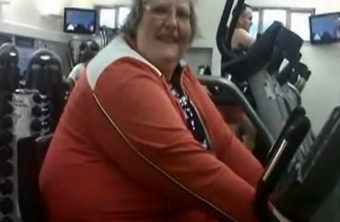 """VIDEO / După ce a slăbit 146 de kilograme """"şi-a tras"""" un iubit mai tânăr cu 8 ani!  Cum arată acum femeia"""