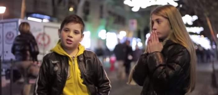 VIDEO / Ce se întâmplă când le comanzi unor puşti să lovească o fată? Reacţia lor te va lăsa fără grai