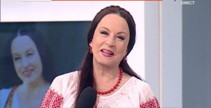 A avut mereu un păr LUNG şi SĂNĂTOS! Maria Dragomiroiu a spus SECRETUL ei! Iată câte de SIMPLU şi RAPID se prepară MASCA pe care o foloseşte