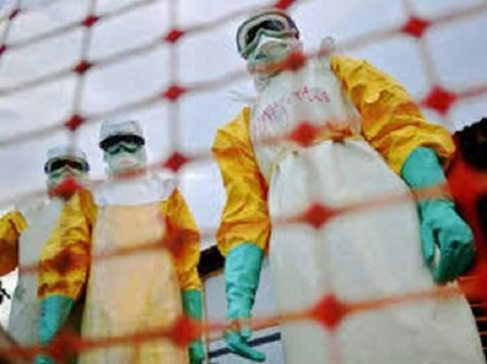 Virusul Ebola loveşte din nou! O infirmieră este în stare gravă
