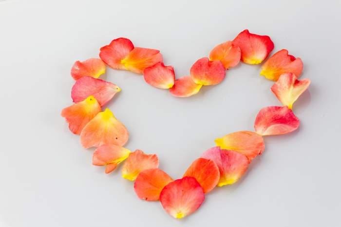 BALANŢELE nu vor să dea garanţie iubirii! Horoscopul DRAGOSTEI, în săptămâna 12 - 18 octombrie