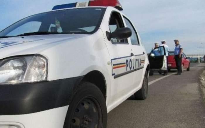 Accident grav în Argeş! Trei morţi şi 14 răniţi, după ce o maşină s-a izbit frontal de un microbuz