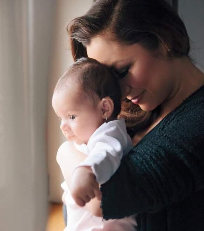 """Ce s-a întâmplat cu fiica Andrei, la câteva ore de la botez: """"Mi-au dat lacrimile"""""""