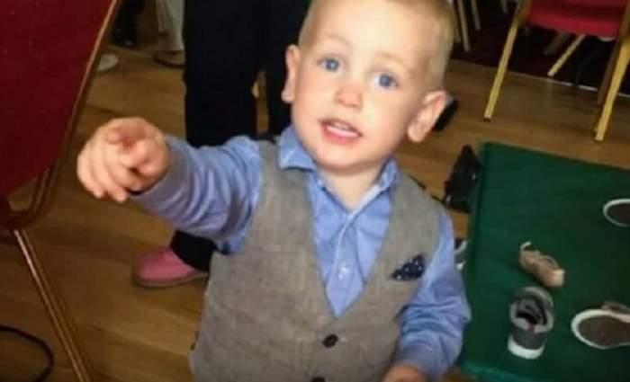 """VIDEO / Au ieşit la masă, dar s-a sfârşit tragic! Doi părinţi şi-au pierdut copilul la restaurant: """"A murit în braţele mele şi ale tatălui lui"""""""