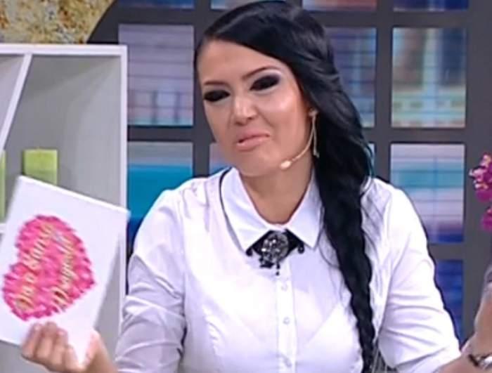 VIDEO EMOŢIONANT / Andreea Mantea, obligată să întrerupă emisiunea când a aflat ce se întâmplă la ea acasă!