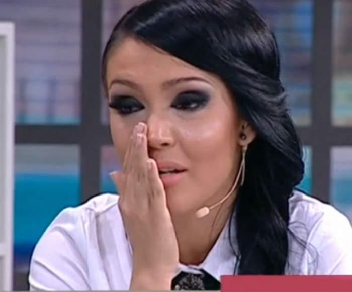 Andreei Mantea i-au curs lacrimile şiroaie pe obraji, la televizor! Ce a păţit prezentatoarea?