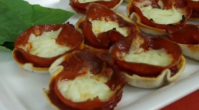 VIDEO / REŢETA ZILEI: VINERI - Deliciu instant! Cum să faci pizza tortilla în mai puţin de 20 de minute
