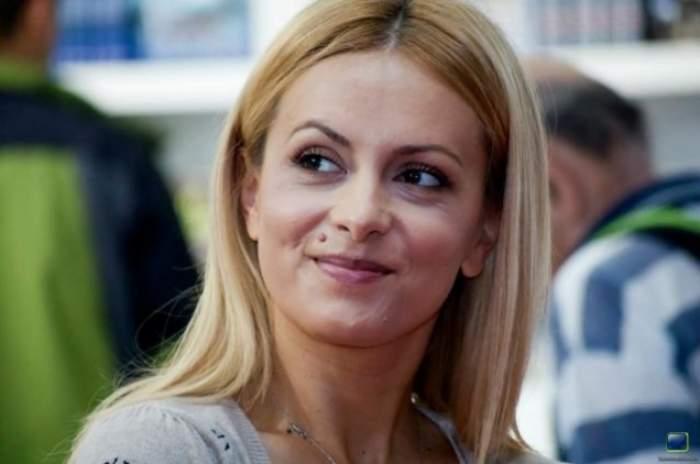 Simona Gherghe, copleşită de amintiri! De ce îi este dor prezentatoarei TV?