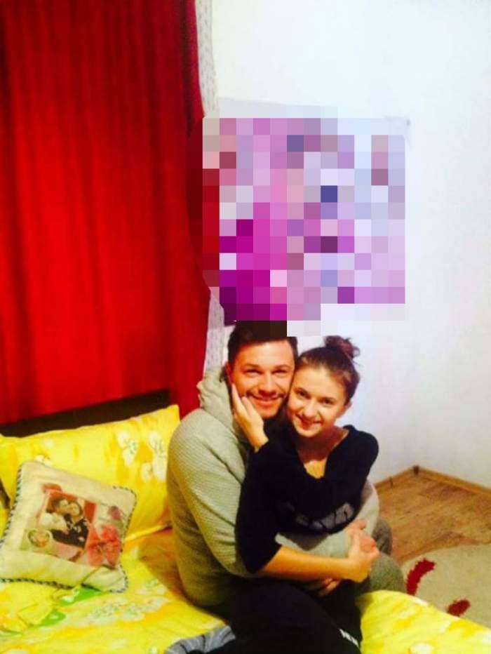 """Cristiana şi Marian de la """"Mireasă pentru fiul meu"""" au vrut să se pozeze, dar au uitat acest detaliu! Ce au putut vedea fanii lor pe perete"""