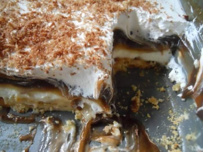"""Prăjitura """"sex la tavă""""! Un desert obraznic, gata în câteva minute"""