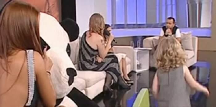 VIDEO / Dana Marijuana a venit cu fiicele la TV, dar nu se aştepta la ce a urmat! A început să plângă instantaneu