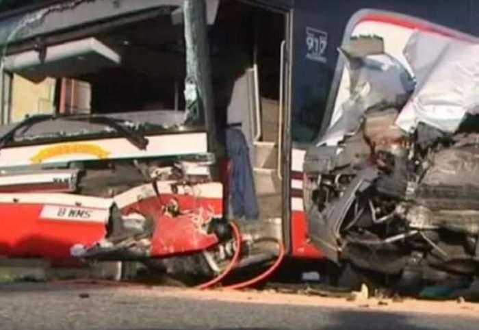 VIDEO / Tragedie de proporţii în Franţa! Cel puţin 42 de oameni au murit într-un accident grav de circulaţie!
