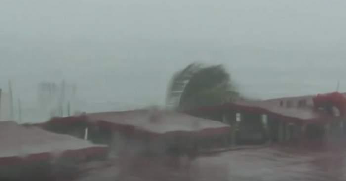 VIDEO ŞOCANT! Pagubele provocate de uraganul Patricia în Mexic