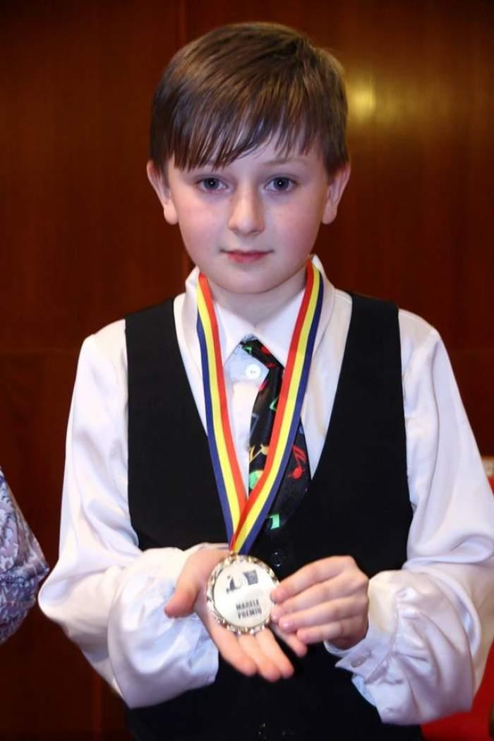 VIDEO/ Cel mai bun pianist din lume e român. Are 11 ani şi a rămas orfan de ambii părinţi