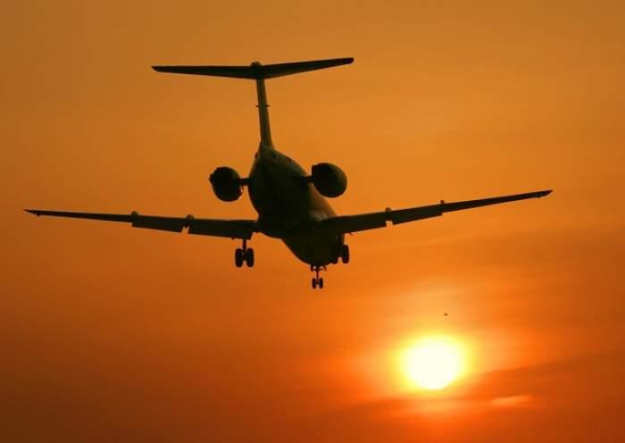 Urgenţă medicală la bordul unui avion care survola România! Aeronava a aterizat FORŢAT
