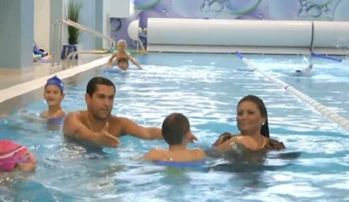 """VIDEO / Bianca Rus, băgată la fund de Cezar Ouatu, la """"Poftiţi de vă iubiţi""""! Bălăceala i-a prins bine"""