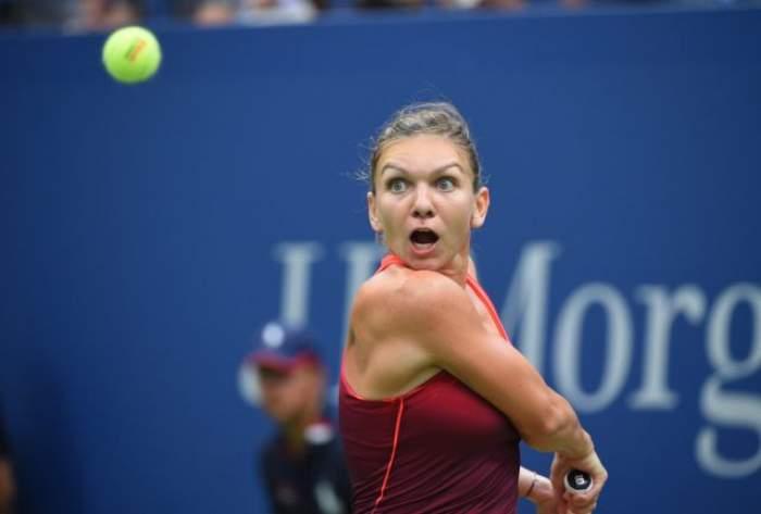 Prima reacţie a Simonei Halep după înfrângerea de la Turneul Campionelor! Ce a spus românca după ce a luat bătaie de la Maria Sharapova?