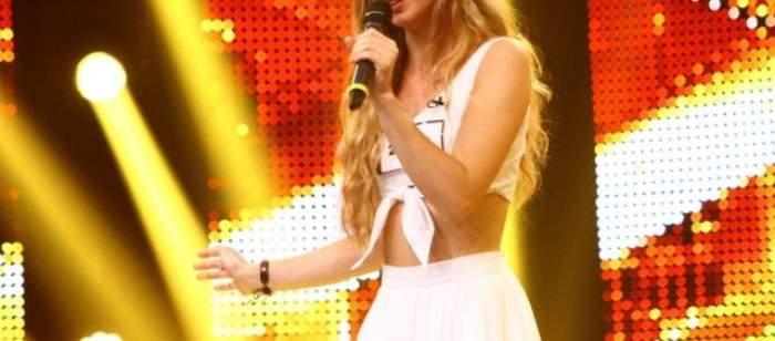 VIDEO / Ea este viitoarea nevastă a lui Dani Oţil? Aşa arată blonda care l-a cucerit definitiv şi iremediabil!
