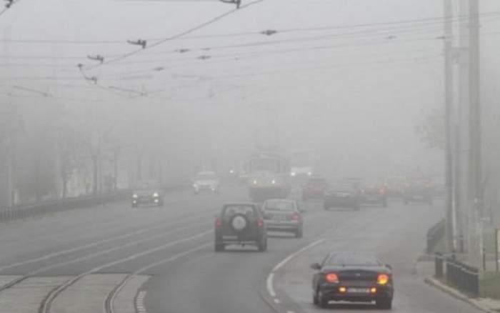 Atenţie la drum! ANM a emis cod galben de ceaţă pentru mai multe zone ale ţării