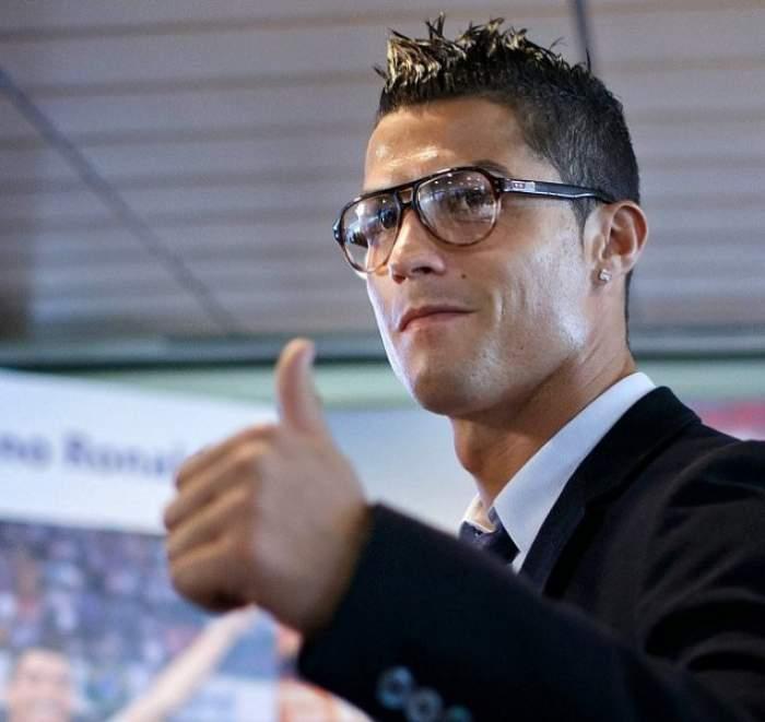 """Cristiano Ronaldo a dat lovitura! S-a cuplat cu """"bunăciunea"""" aceasta! Are doar 19 ani"""