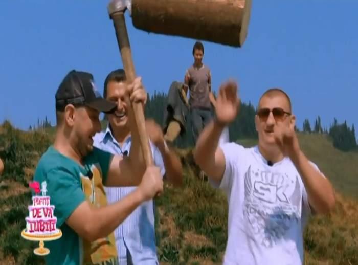 """VIDEO / Octavian Strunilă întoarce toporul la colegul lui! Ce lecţie a primit acesta la """"Poftiţi de vă iubiţi"""""""