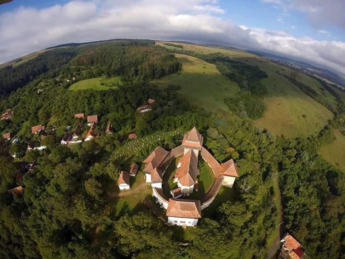 O biserică de la noi, locul 5 în topul celor mai frumoase lăcaşuri de cult din lume