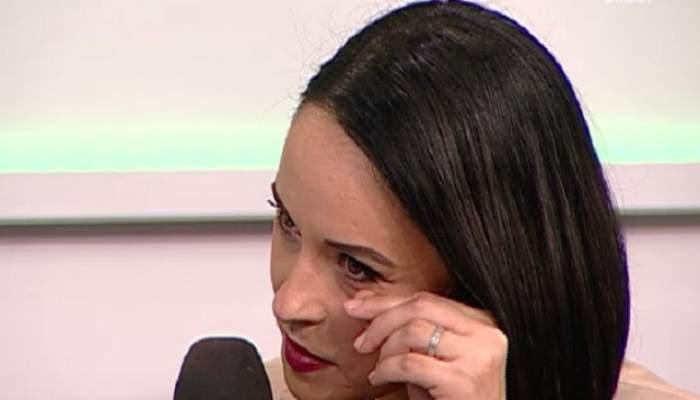 """VIDEO / Vrea să mai facă un copil, dar nu poate? Andreea Marin, în lacrimi la TV: """"E un subiect sensibil pentru mine!"""""""