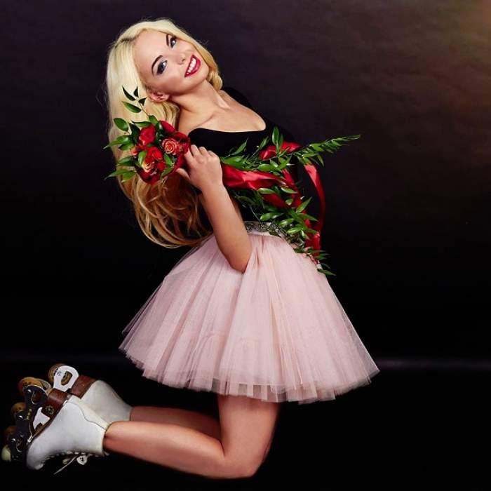 """""""Barbie"""" de România, de nerecunoscut! Şi-a schimbat look-ul. """"Semeni cu Bianca Drăguşanu!"""""""