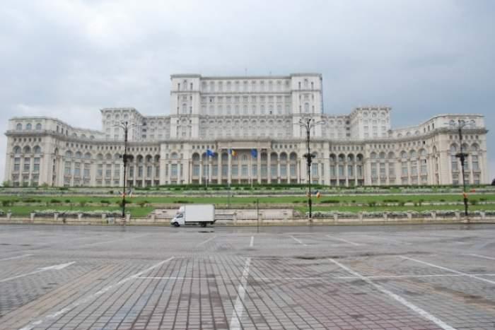 Război pe Casa Poporului! Nu ai să crezi ce se întâmplă cu palatul Ceauşeştilor!