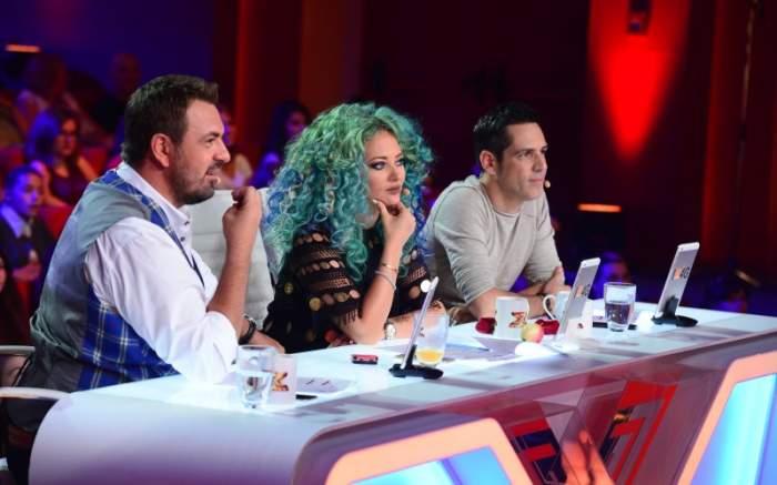 """VIDEO / Accident la """"X-Factor""""! A căzut de pe scenă"""