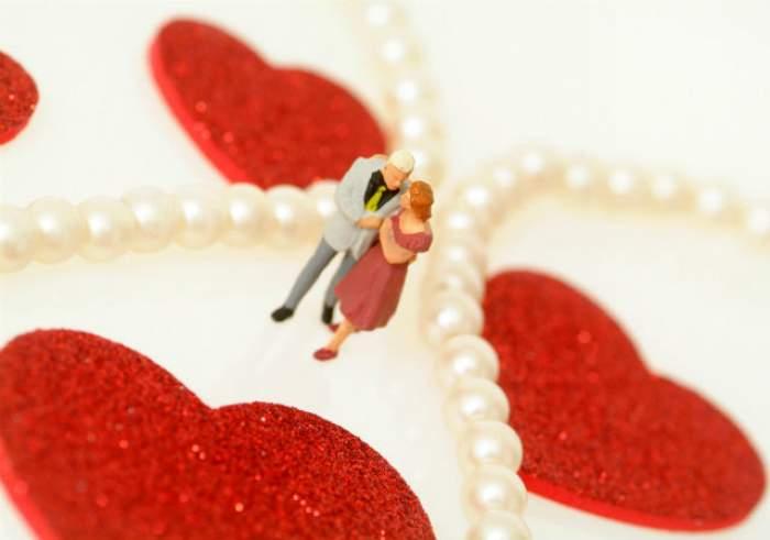BALANŢELE sunt mai erotice! Horoscopul dragostei, în săptămâna 9 - 15 noiembrie