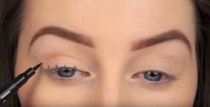 Îţi tremură mâna când foloseşti tuşul de ochi? Metoda INGENIOASĂ care te ajută să trasezi linii PERFECT drept şi egale