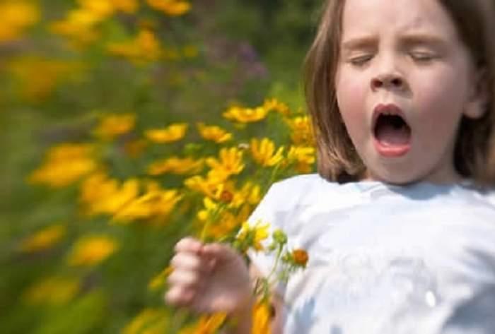 Şocant! O fată de 11 ani, ÎN COMĂ după ce a strănutat