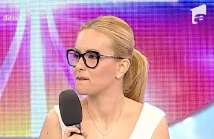 "VIDEO / Incident în platoul de la ""Acces Direct""! Simona Gherghe: ""Au, ce m-am speriat!"""