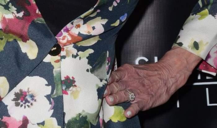 FOTO / Sinistru! Aşa arată mâinile unei vedete!