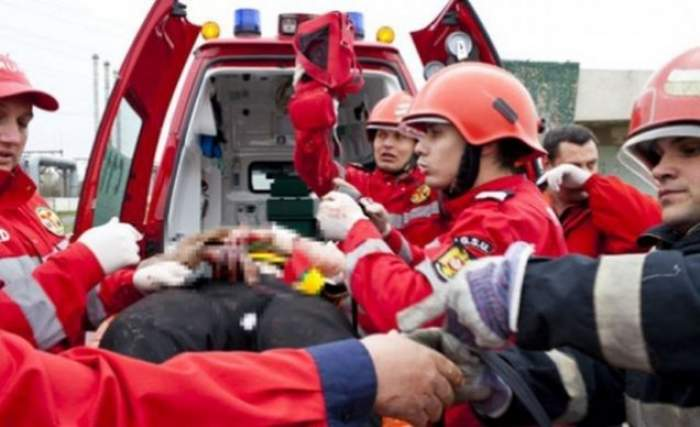 Accident grav în Tulcea! Şoferul unui microbuz a pierdut controlul volanului, iar şapte elevi au fost răniţi