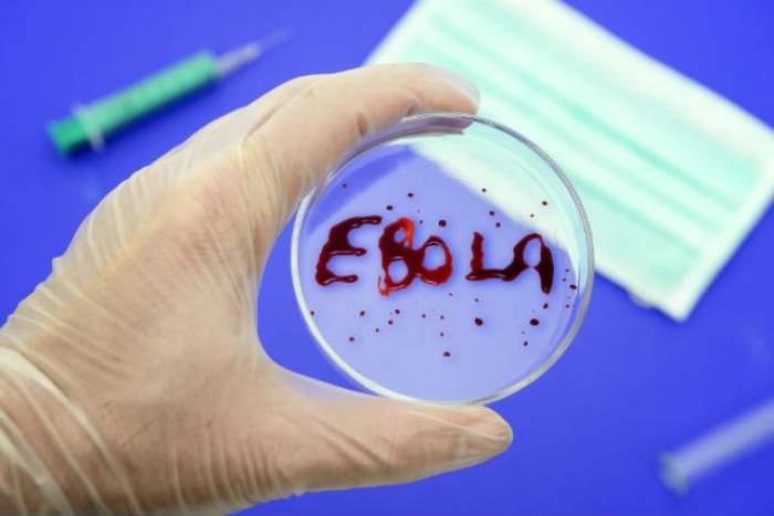 Teroare în America! 10 oameni sunt suspectaţi de contaminare cu virusul Ebola