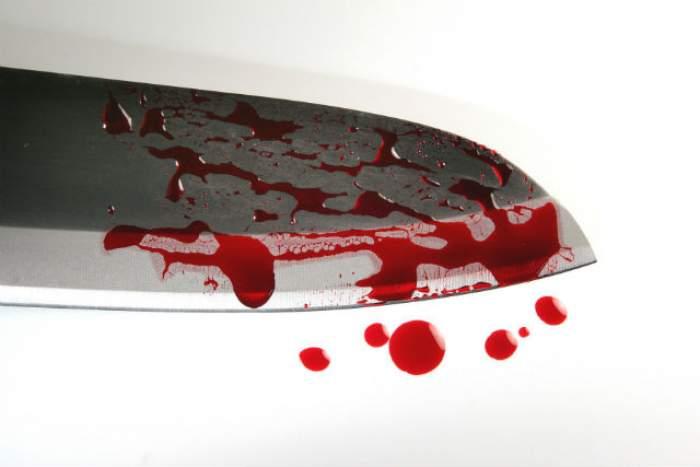 Tragedie! O femeie a fost înjunghiată mortal! Suspectul este reţinut